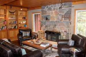 Library in Main Lodge